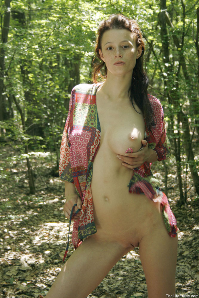Erotic and naked photos in hostels