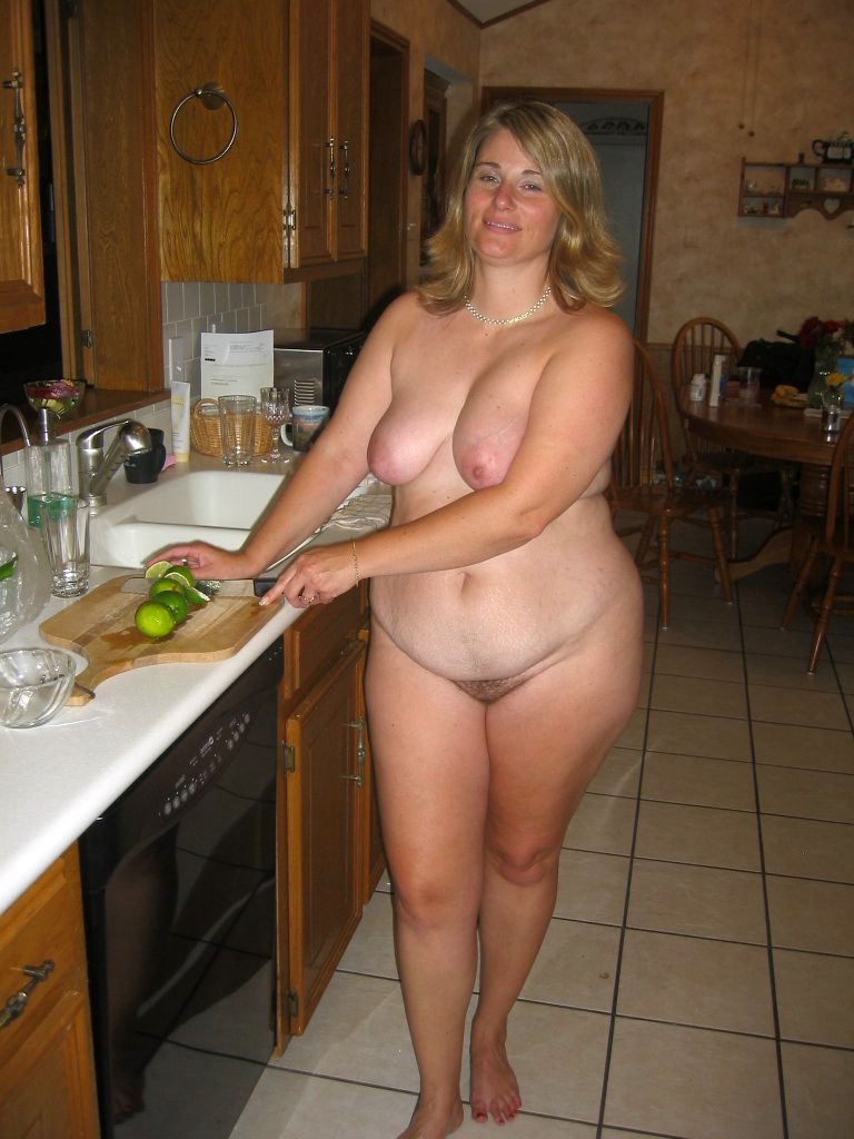 Naked mature housewife